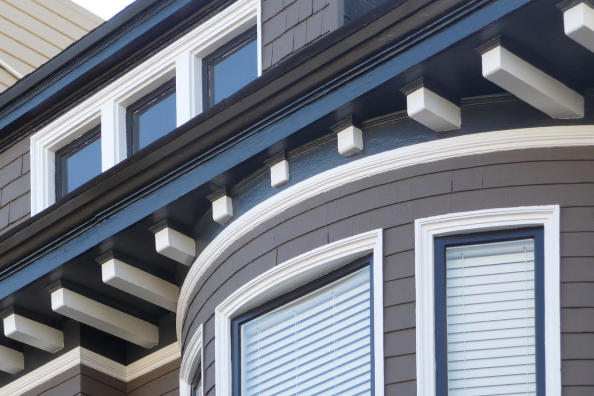 Oakland Painting Experts at Arana Painting offer quality painting services for both the interior and exterior of your home or commercial building.